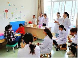 國際專業服務機構黃妤真治療師獲邀到大理州醫院鳳儀分院康復醫學科指導授課